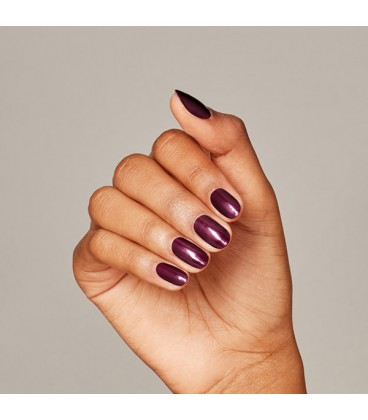 OPI Dressed to the Wines